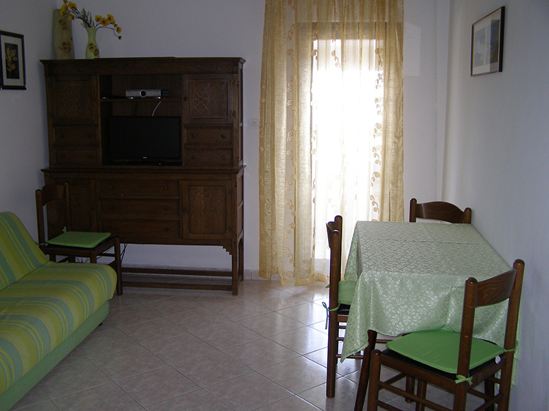 Remarkable Apartmani Vera Premantura Pula Istra Apartments In Istria Largest Home Design Picture Inspirations Pitcheantrous